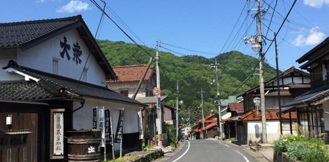 島根_事務所前の道-のコピー